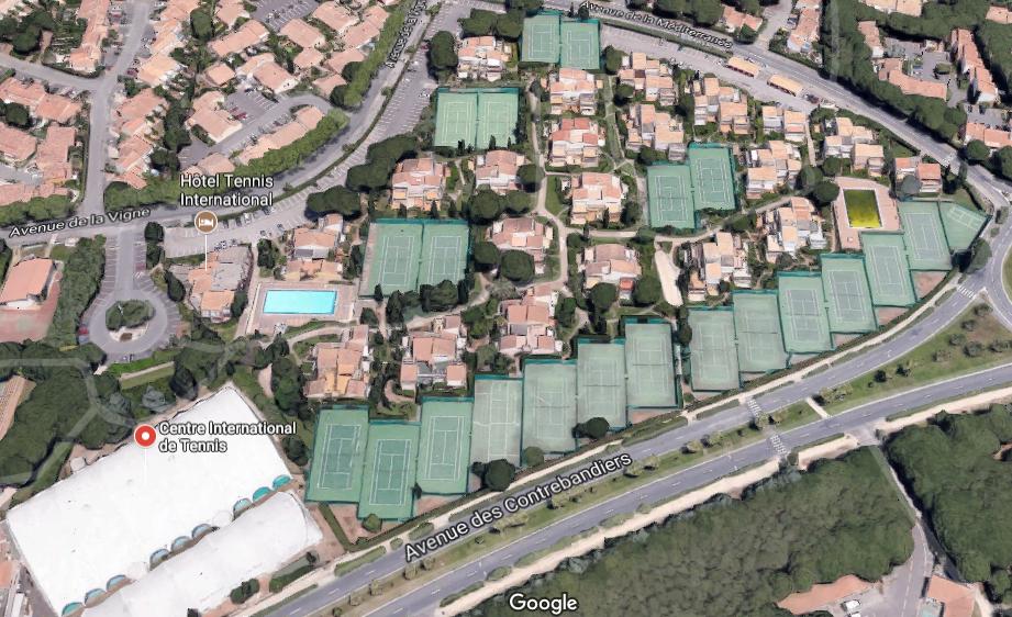 huge discount 68d8c b7f78 Hotel Tennis Cap d Agde - Home